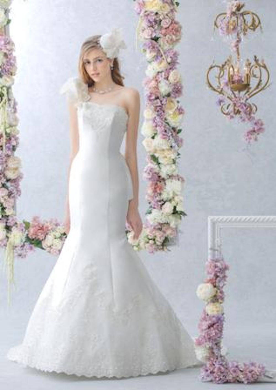 マーメイドライン ウエディングドレスには実は種類がある? で使用する画像