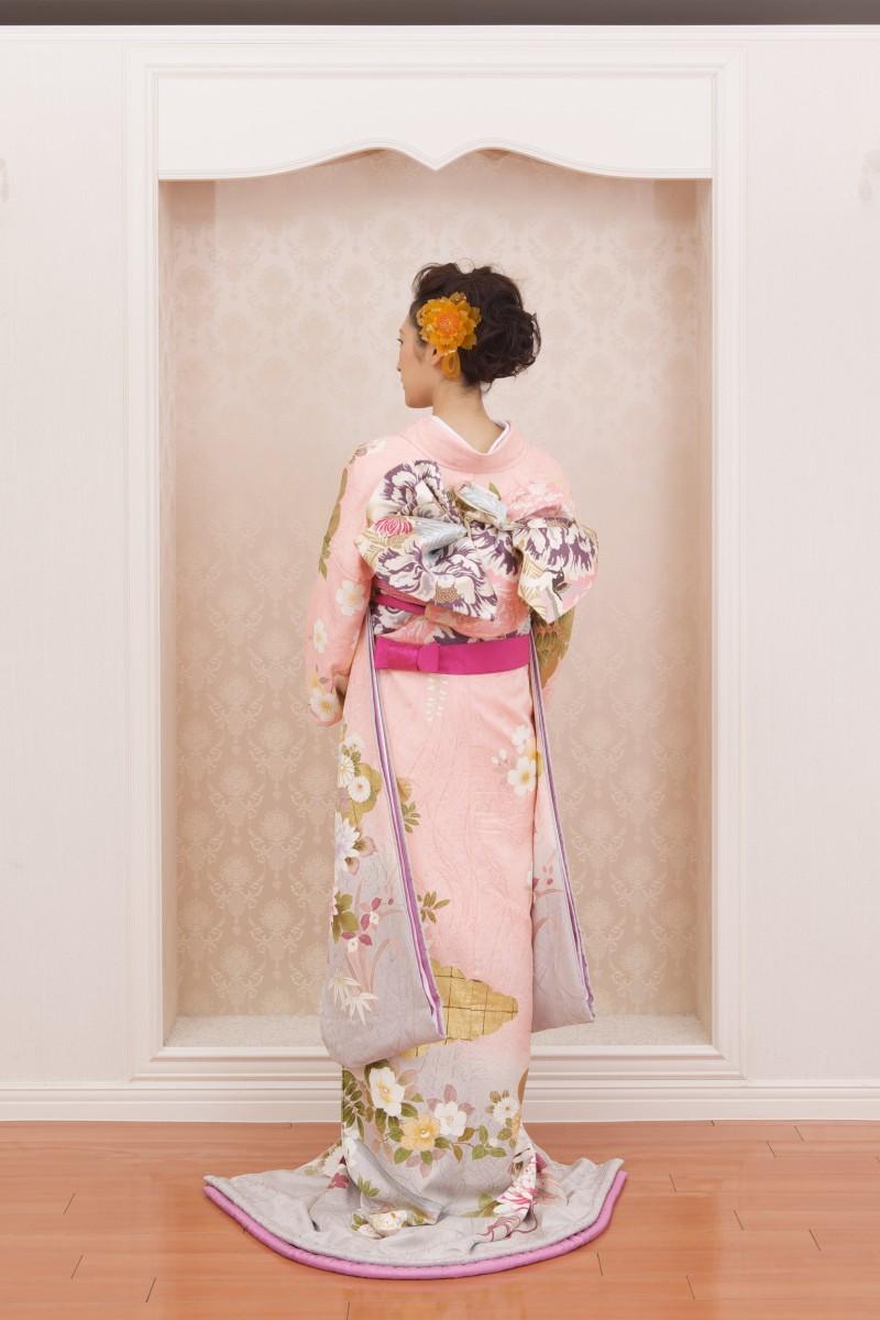 淡ピンク牡丹に菊【2】