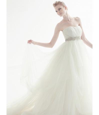 img_dress_wd_01_b.jpg